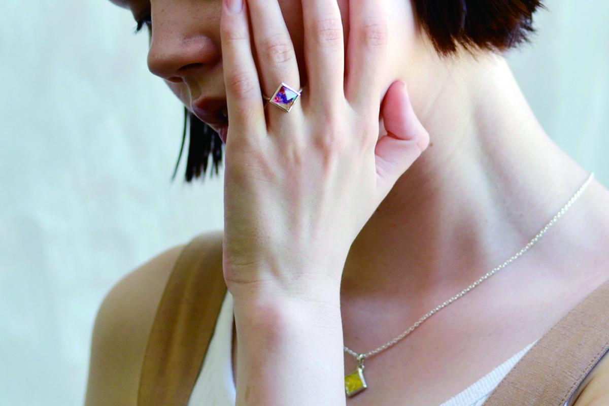 flower studs ring